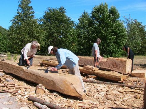 """Medžio drožėjų kūrybinė stovykla ,,Senieji Platelių luotai"""" (2006 m.)"""