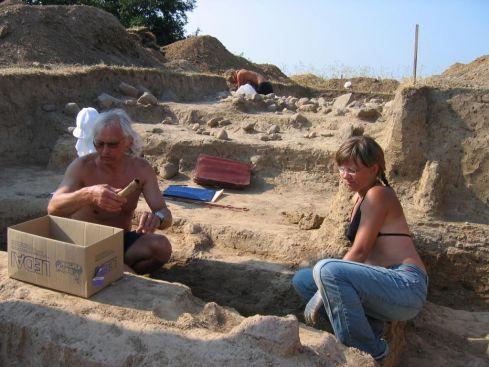 Archeologiniai tyrimai Šventorkalnyje (2006 m.)